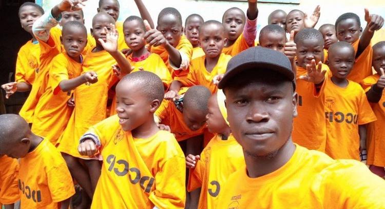 Ajuda para as 25 crianças órfãs de Jinja (Uganda)