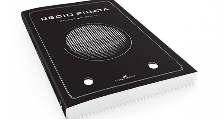 """""""Rádio Pirata"""" -  Poesia de Carlos Nuno Granja"""