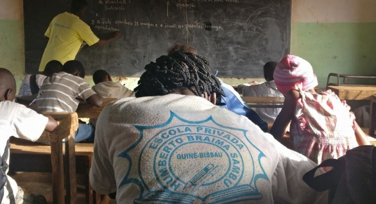 School books: Guinea-Bissau