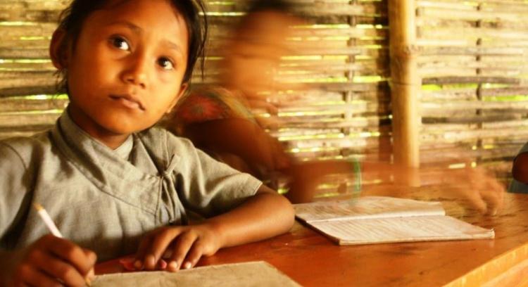 Livros Escolares para Crianças Nepalesas