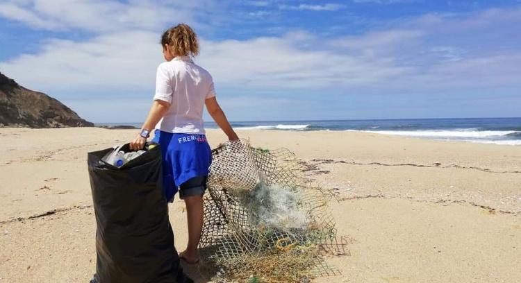 Oceans without plastics