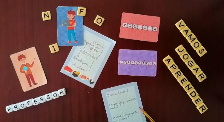 Profissões 20/21 - Um baralho para descobrir, ler, escrever e homenagear.